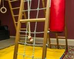 Домашний спорткомплекс для ребёнка в квартиру из дерева не китай